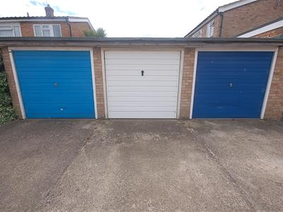 Property image of home to let in Hogarth Drive, Southend-On-Sea